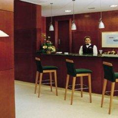 NH Jardines Del Turia Hotel гостиничный бар