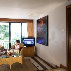 Отель Sunset Beach Resort Таиланд, Пхукет - отзывы, цены и фото номеров - забронировать отель Sunset Beach Resort онлайн комната для гостей