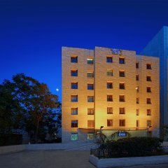 Отель Caesar Premier Jerusalem Иерусалим вид на фасад