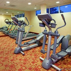 Отель Holiday Inn Raleigh Durham Airport фитнесс-зал