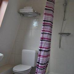 Отель Hôtel Passerelle Liège ванная