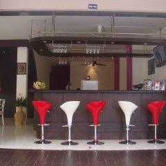 Отель Jinta Andaman гостиничный бар
