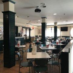 Отель Hostal Cafe Gutgreco питание фото 2