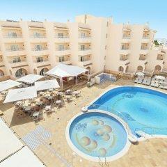 Отель Azuline Hotel - Apartamento Rosamar Испания, Сан-Антони-де-Портмань - отзывы, цены и фото номеров - забронировать отель Azuline Hotel - Apartamento Rosamar онлайн бассейн