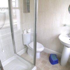 Отель Brighton Getaways-Beach View ванная фото 2