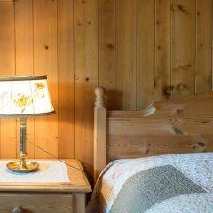 Отель Gstaad - Amazing Lake Chalet сауна