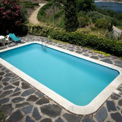 Отель Villa With 3 Bedrooms in Lamego, With Wonderful Mountain View, Private бассейн