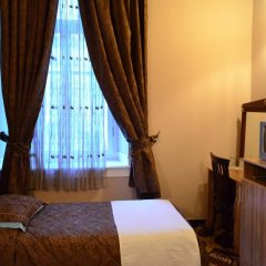 Antik Hotel сейф в номере
