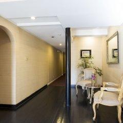 Отель Wilshire Crest Hotel США, Лос-Анджелес - отзывы, цены и фото номеров - забронировать отель Wilshire Crest Hotel онлайн интерьер отеля