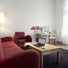 Отель «Валдемарс Рига» под управлением Accor Латвия, Рига - 10 отзывов об отеле, цены и фото номеров - забронировать отель «Валдемарс Рига» под управлением Accor онлайн комната для гостей фото 4