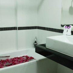 Отель First Residence Hotel Таиланд, Самуи - 4 отзыва об отеле, цены и фото номеров - забронировать отель First Residence Hotel онлайн ванная