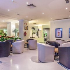 Santa Eulalia Hotel Apartamento & Spa интерьер отеля