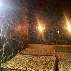 Enjoy Dalat Hostel Далат бассейн