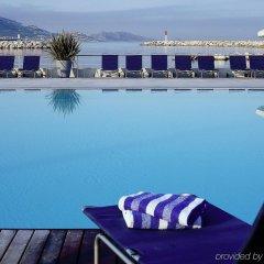 Отель Pullman Marseille Palm Beach бассейн