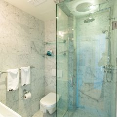 Отель Gladstone Hotel Канада, Торонто - отзывы, цены и фото номеров - забронировать отель Gladstone Hotel онлайн ванная