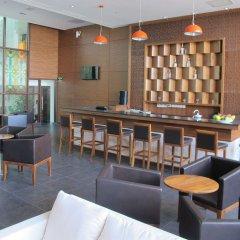 Nhi Phi Hotel гостиничный бар