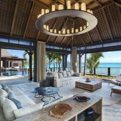 Отель The St. Regis Mauritius Resort интерьер отеля