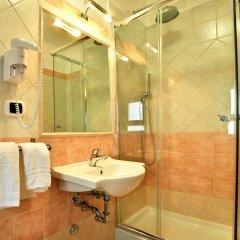 Hotel Dei Pini Фьюджи ванная