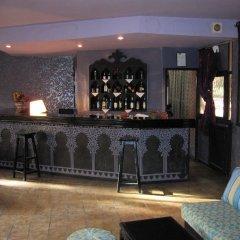 Отель Ouarzazate Le Tichka Марокко, Уарзазат - отзывы, цены и фото номеров - забронировать отель Ouarzazate Le Tichka онлайн гостиничный бар