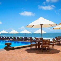 Отель Galle Face Hotel Шри-Ланка, Коломбо - отзывы, цены и фото номеров - забронировать отель Galle Face Hotel онлайн бассейн