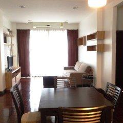Отель Pt Court Бангкок комната для гостей фото 3