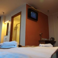 New Oceans Hotel сейф в номере