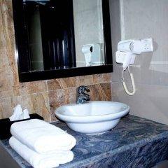Отель Paconsu Suites Нигерия, Калабар - отзывы, цены и фото номеров - забронировать отель Paconsu Suites онлайн ванная