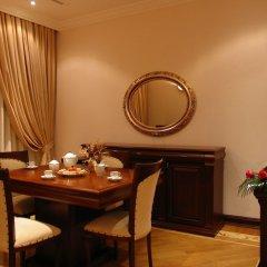 Отель Аиф Палас в номере
