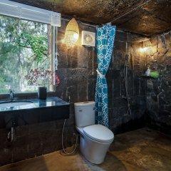Отель An Bang Memory Bungalow Вьетнам, Хойан - отзывы, цены и фото номеров - забронировать отель An Bang Memory Bungalow онлайн ванная фото 2