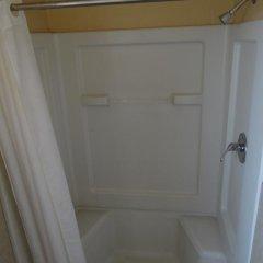 Отель Budget Inn Columbus ванная фото 2