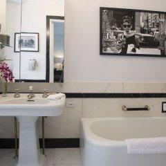 Отель The Sherry Netherland ванная