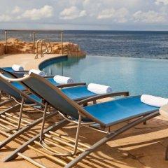 Отель Renaissance Curacao Resort & Casino с домашними животными