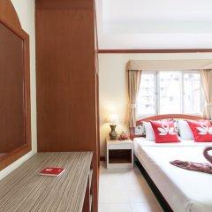 Отель ZEN Rooms Rat-U-Thid 200 Phi Road комната для гостей фото 4
