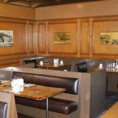 Отель Pauls Motor Inn Канада, Виктория - отзывы, цены и фото номеров - забронировать отель Pauls Motor Inn онлайн в номере