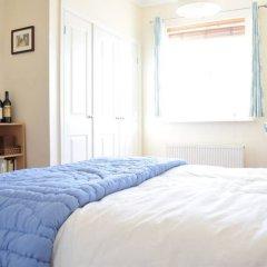 Отель 2 Bedroom Flat Next to Brockwell Park Великобритания, Лондон - отзывы, цены и фото номеров - забронировать отель 2 Bedroom Flat Next to Brockwell Park онлайн комната для гостей фото 2