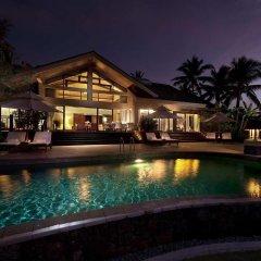 Отель Hilton Sanya Yalong Bay Resort & Spa бассейн фото 3