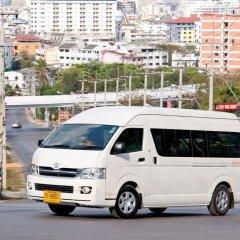 Отель Baan Kanittha - 4 Bedrooms Garden Villa городской автобус