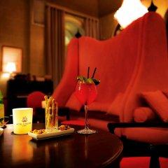 Hotel Carlton Lyon - MGallery By Sofitel гостиничный бар