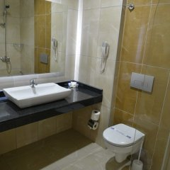 Asrin Beach Hotel Турция, Аланья - отзывы, цены и фото номеров - забронировать отель Asrin Beach Hotel - All Inclusive онлайн ванная фото 2
