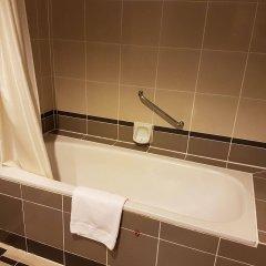 Отель Bayview Hotel Georgetown Penang Малайзия, Пенанг - отзывы, цены и фото номеров - забронировать отель Bayview Hotel Georgetown Penang онлайн ванная
