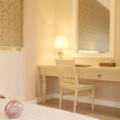 Отель The Raya Surawong Bangkok Бангкок удобства в номере