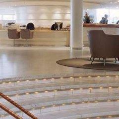 Отель Hilton Stockholm Slussen Швеция, Стокгольм - 9 отзывов об отеле, цены и фото номеров - забронировать отель Hilton Stockholm Slussen онлайн бассейн