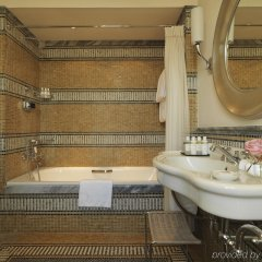 Hotel De Russie ванная фото 4
