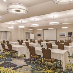 Отель La Quinta Inn & Suites Logan