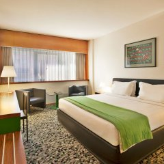 Отель Ramada by Wyndham Lisbon комната для гостей фото 2