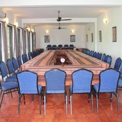 Отель The Begnas Lake Resort & Villas Непал, Лехнат - отзывы, цены и фото номеров - забронировать отель The Begnas Lake Resort & Villas онлайн помещение для мероприятий