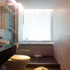 Aiyara Grand Hotel ванная фото 2