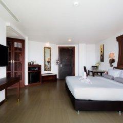 Aiyara Grand Hotel сейф в номере