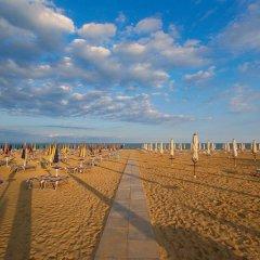 Hotel Mora Римини пляж фото 2