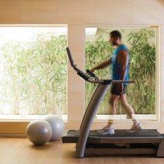 T Hotel фитнесс-зал